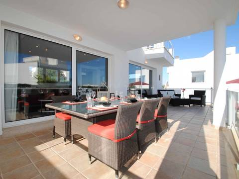 695381 Property for sale in Cala Dor: Stunning and bright semidetached villa with a lovely and private infinity swimming pool and garden. This Modern villa is very nicely decorated  and has partial Marina and Mountain views.