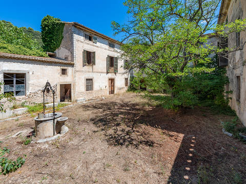 ALA52565 Charming estate with original features and great potential in Alaro, Mallorca