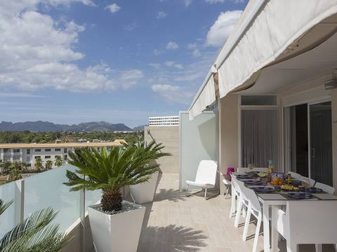 ALC11495RM Contemporary penthouse apartment within a few minutes walk to the sandy beach, Puerto Alcudia