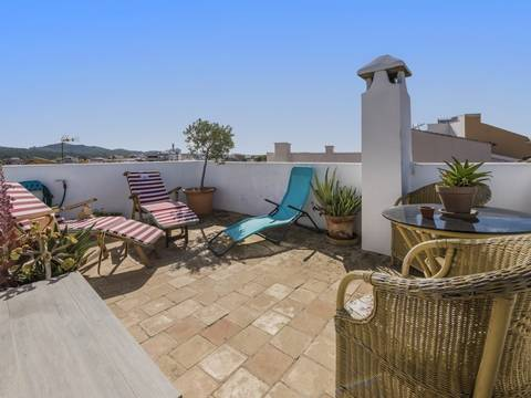 ALC20178 Town house with great garden space and holiday rental license in the centre of Alcúdia