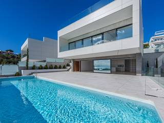 Modern luxury villa with sea views in an exclusive location in Alcúdia