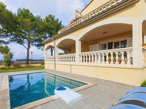 ALC40126POL4 Mediterranean villa with pool, sea views and various terraces near Alcudia town