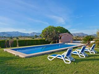 Fantastic country home with a large pool in a beautiful location in Alcúdia