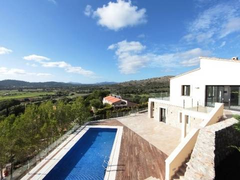 ART4KNO022 Impressive villa for sale bordering Canyamel golf course with panoramic views of the valley, Canyamel