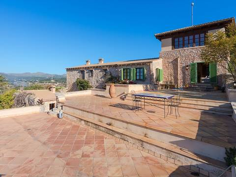 ART52432 Majestic, stone country house with panoramic views over the countryside to the sea near Artá