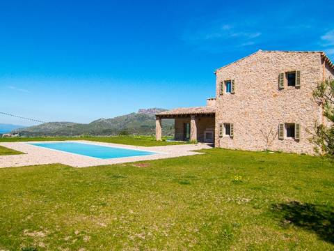 ART52521C Modern country house with home cinema, library and Infinity-pool in Arta