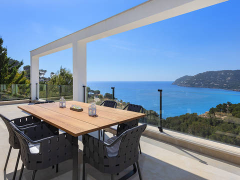 ART52630CAN5 Contemporary villa with panoramic sea views in Canyamel, Capdepera