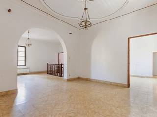 Historical building for sale with a project for a hotel situated in the prosperous town of Artá