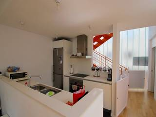 Fantastic and bright penthouse 5 min away from Jaime III