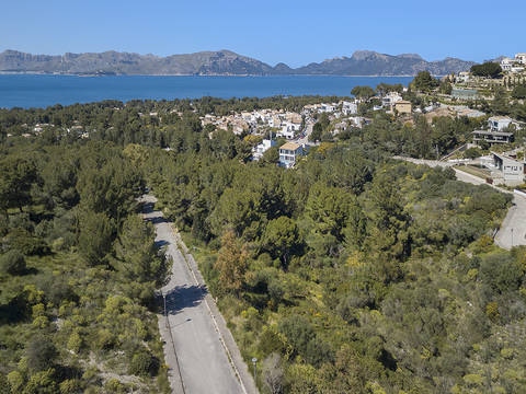 BON0264 Plots for sale with sea views. Building single family detached villas in Mallorca, Balearic Islands.