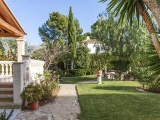 Spacious villa with ETV rental license near the sea in exclusive Bon Aire, Alcúdia