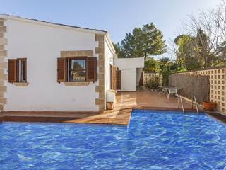 Investment opportunity in Bon Aire - house with pool and garden