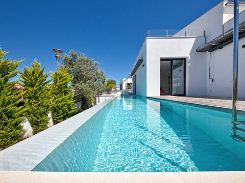 BON40488 Contemporary 4 bedroom villa with a private pool in Bonaire