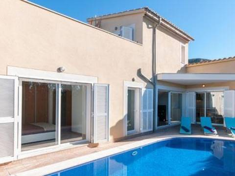 BON4488POL4-4 The villa is an unit of a development in Bonaire - Alcudia - Balearic Islands. An exciting development opportunity for 7 new build detached villas.