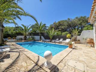 Delightful four bedroom villa with pool and sea views in Cala d''Or