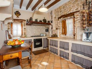 Superb traditional villa with swimming pool and an old mill in Campanet
