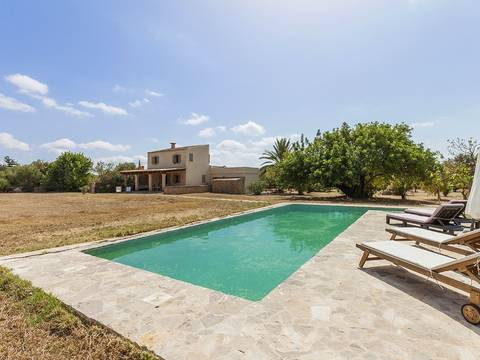 CAM5985 Traditional finca for sale in Campanet with lovely garden and pool