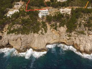 Superb investment: Double plot for sale directly on the seafront in Canyamel