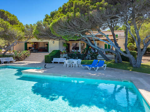 CAR40534ART4 Frontline villa with private pool and sea views in Capdepera