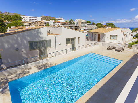 CAV20312CAV4ETV Duplex property with holiday rental license near the beach in Cala Sant Vicente