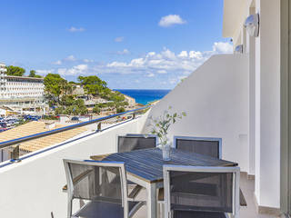 Duplex property with holiday rental license near the beach in Cala Sant Vicente