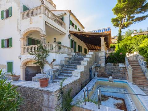 CAV40069 Superb investment opportunity very close to the beach in Cala San Vicente