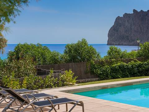 CAV40296POL4 Modern villa with pool and fantastic sea views in the north of Mallorca