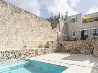 Charming town house with private pool terraces in Costitx