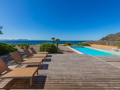 CSP40519 Frontline villa with pool and incredible views in Colònia de Sant Pere