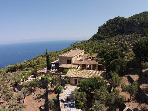 DEI5877 Luxurious finca frontline in Deia with Spa area and stunning sea views