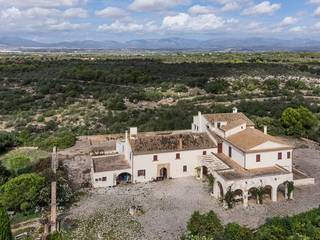 Unique country estate with several buildings and fantastic views near Palma