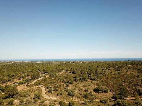 MAN0455C Awesome plot of land with sea views near the Rafa Nadal Tennis Academy