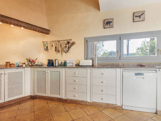 Charming villa in Moscari with lovely mountain views and holiday rental license
