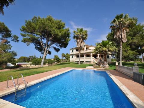 MUR5837RM Great country property with loads of terrace space not far from the Playa de Muro beach