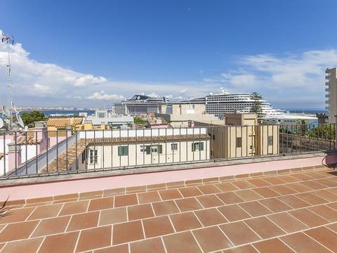 PAL11564 Penthouse with large terrace and views of the harbor in Palma