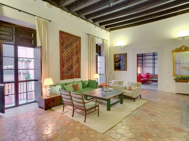 Fantastic apartment for sale in Palmas Old Town - with private patio