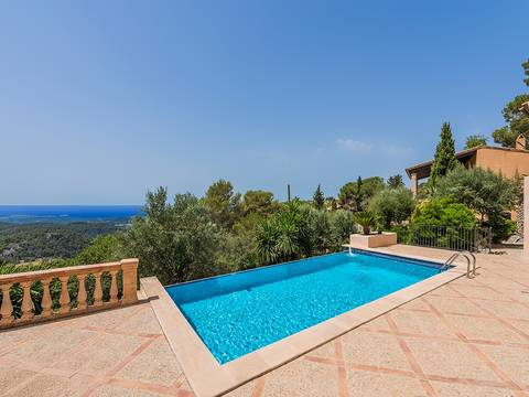 PMOGAL5007 Magnificent property composed of two houses with sea views in Galilea
