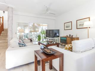 Unique property offering sea views and an independent guest apartment in San Agustin