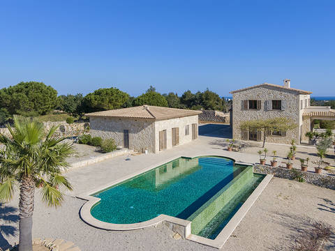 POC52640 Attractive country house on a large plot with pool close to Porto Cristo