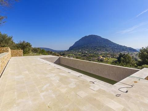 POL0079POL5 Brand new country villa on 17,000 m2 of land with fantastic sea and mountains views in Pollensa
