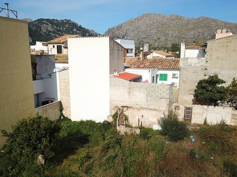 POL0403 Plot of land in Pollensa with the possibility to build six apartments, ideal for investors