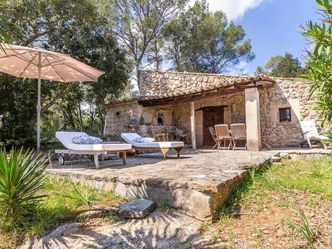 POL0445POL5 Large plot with stone cottage and excellent views bordering the golf course in Pollensa
