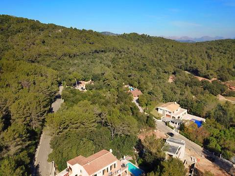 POL0488 L-shaped plot of land in a quiet urbanisation near Pollensa