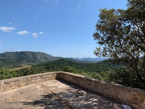 POL0493 Countryside plot with old buildings in the tranquil surroundings near Pollensa town