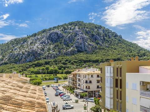 POL11704 Fantastic three bedroom apartment with plenty of potential in Pollensa town