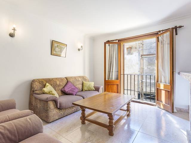Contact us to view this perfectly located apartment in Pollensa