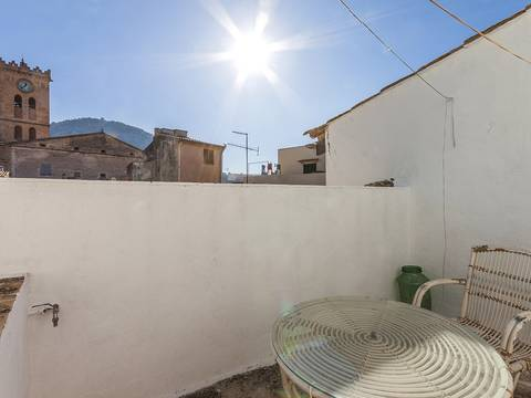 POL20121 Typical Pollensa town house close to the main market square and all village amenities
