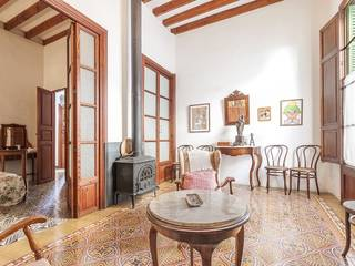 Magnificent, palatial house needing renovation in the heart of Pollensa town