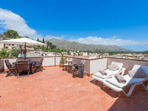 POL20225RM Fantastic town house with a roof terrace offering magnificent countryside views in Pollensa