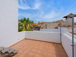 Three bedroom town house with amazing views in the historic centre of Pollensa town
